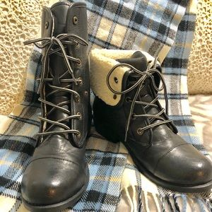 CHINESE LAUNDRY‼️black leather boots.